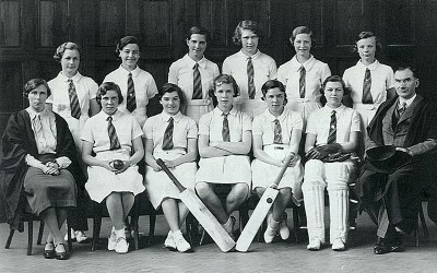 Girls' Cricket Team, 1935